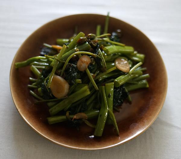 空芯菜 唐辛子 醤油